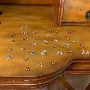 Forever 21 Stud earrings
